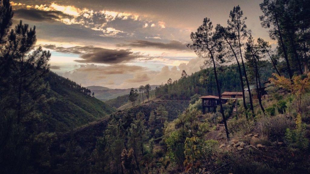 vale-de-moses-yoga-retreat-portugal